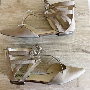 Circus by Sam Edelman Lace Up Flats Sz 9 Nude